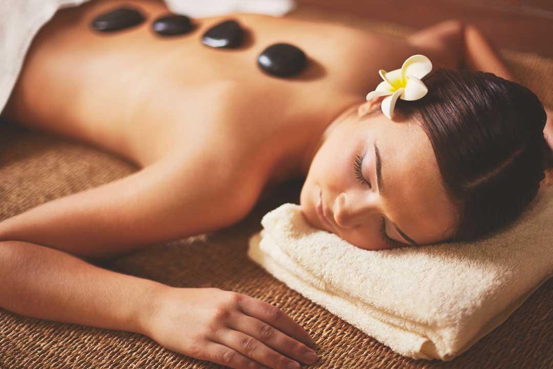 Hot Stone Massage Hotel del Parque
